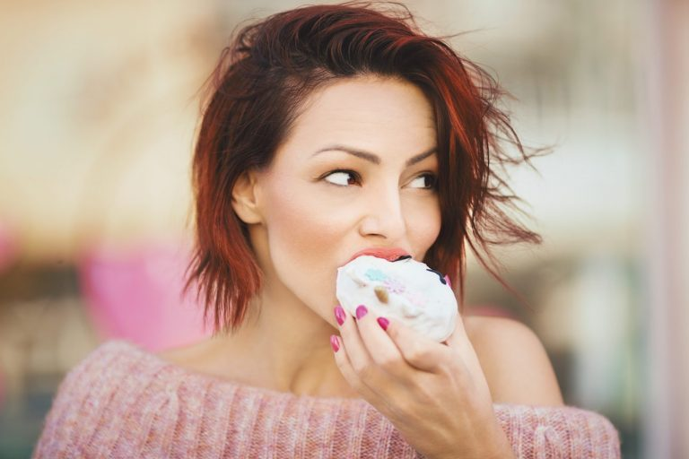 How to Curb Cravings Naturally   BrainMD