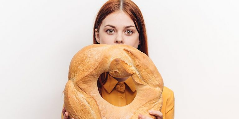 3-Foods-To-Avoid-When-You're-Stressed