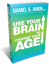 Paperback - Use Your Brain to Change Your Age